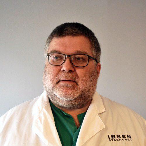 Alf Tore Aas - Spesialist i plastisk kirurgi