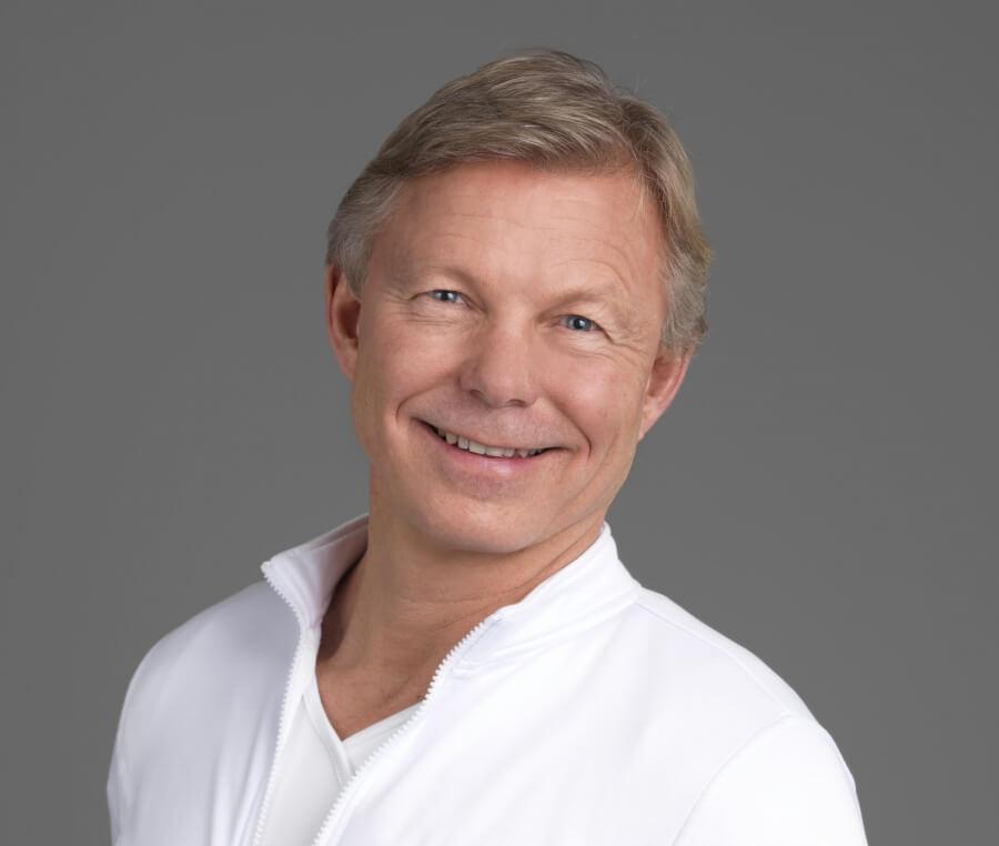 Lege Morten Haug